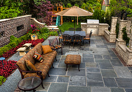 OUTDOOR LIVING IDEAS AND RESOURCES
